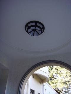 玄関ポーチのランプ.jpg